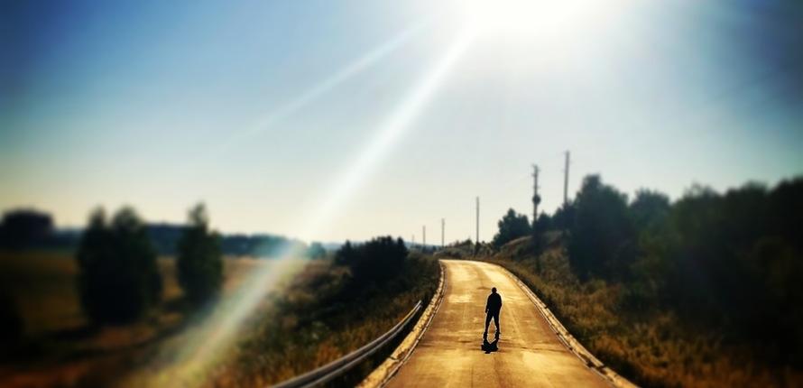 the-sun-way-street-man-48775